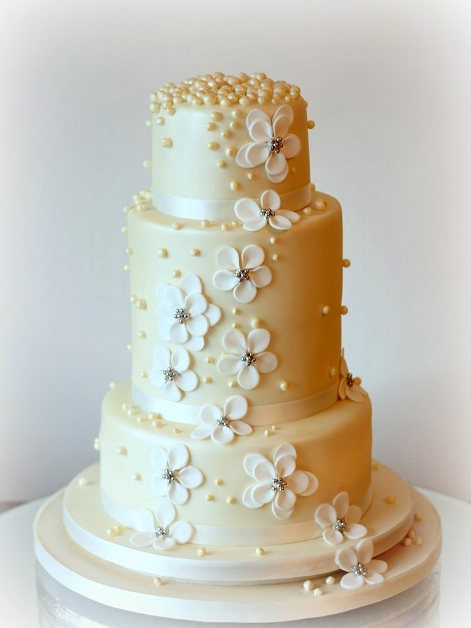 champagne-wedding-cake-french-wedding-cakes
