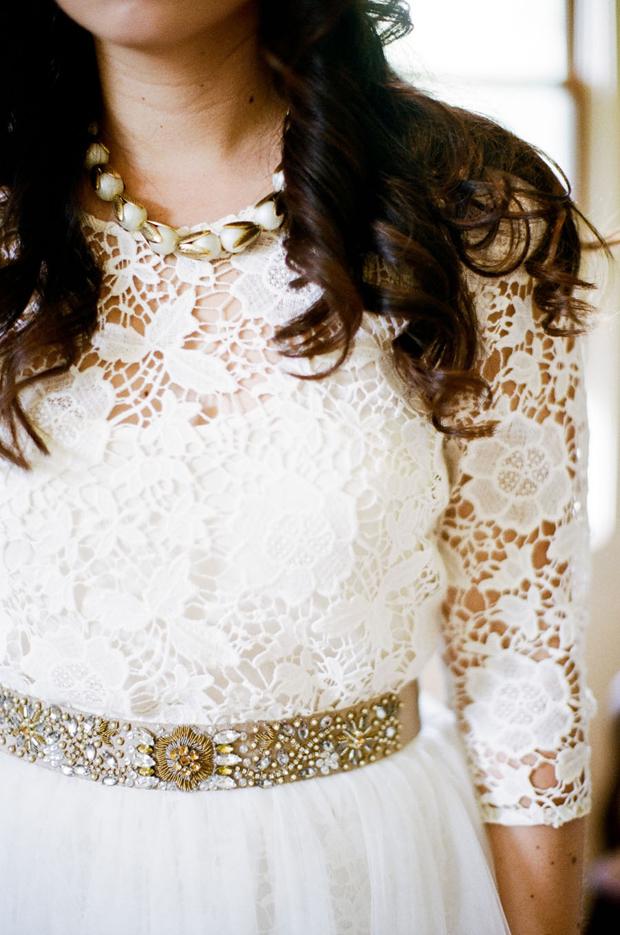 gold-embellished-bridal-belt