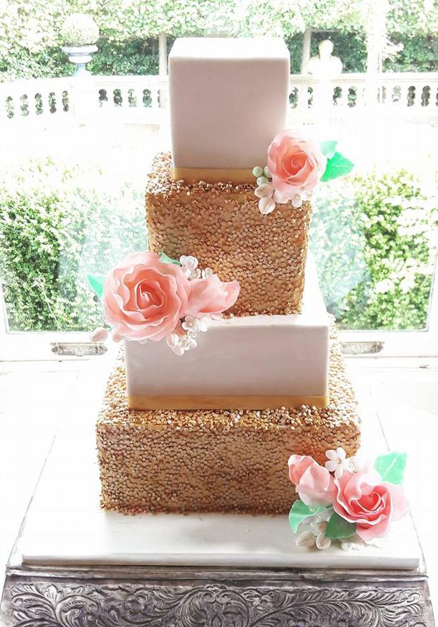 gold-sequin-wedding-cake-victorias-heavenly-cupcakes