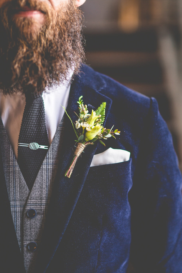 groom-in-velvet-blazer-and-tweed-waistcoat-autumn-winter-groom-style