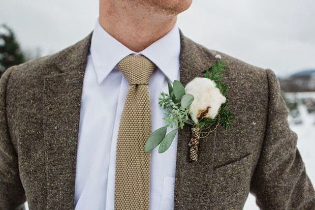 groom-in-wool-blazer-and-knitted-tie-autumn-winter-groom-style
