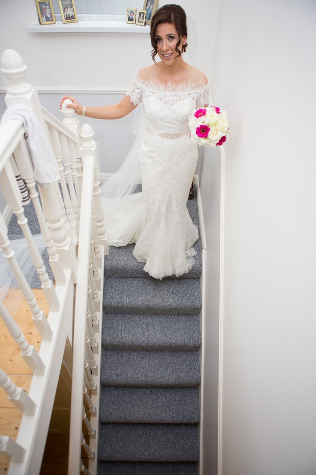 hamlet-court-hotel-real-wedding-bride-stairs