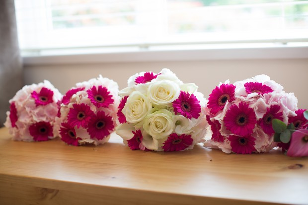 hamlet-court-hotel-real-wedding-pink-and-ivory-bouquets