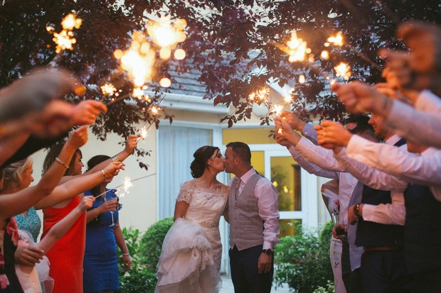 hamlet-court-hotel-real-wedding-sparklers
