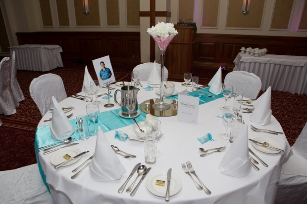 hamlet-court-hotel-real-wedding-table-settings