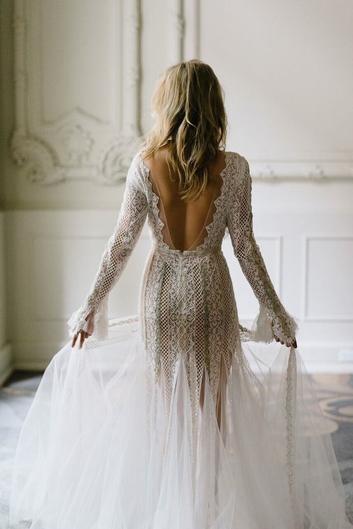 inbal-dror-vestido-de-novia-espalda-baja-declaracion-weddingsonline