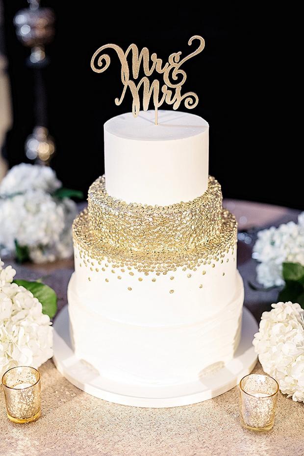 ivory-and-gold-glitter-polka-dot-wedding-cake