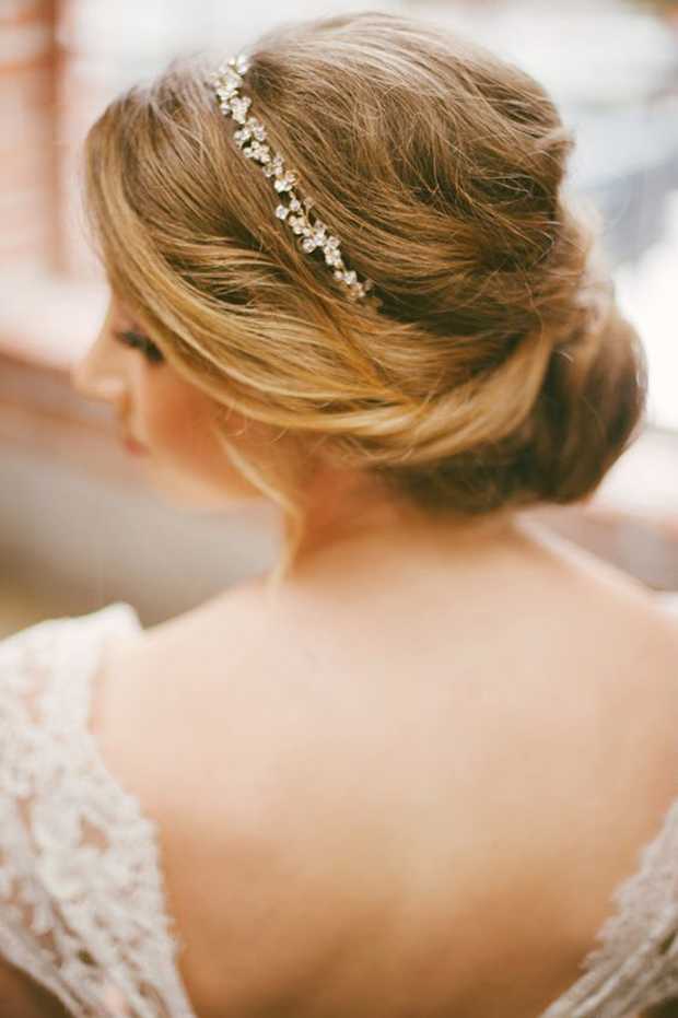 roamntic-bridal-hairstyle-with-diamante-hairband
