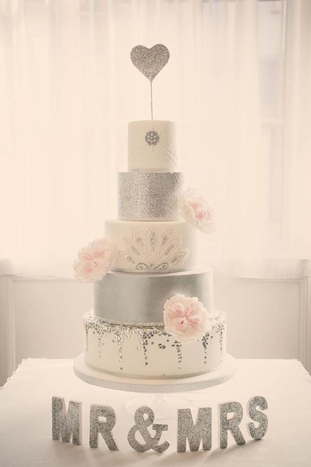 silver-and-white-glitter-wedding-cake