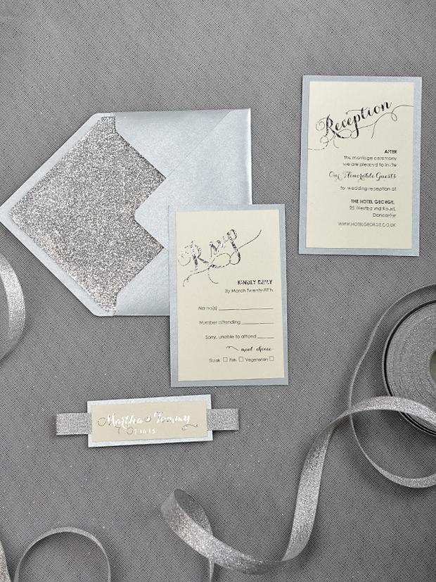 22 Incredibly Pretty Winter Wedding Invitations | weddingsonline