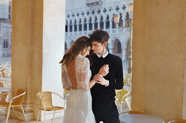 Divine-Atelier-2017-Collection-Venice-Backless-weddingsonline