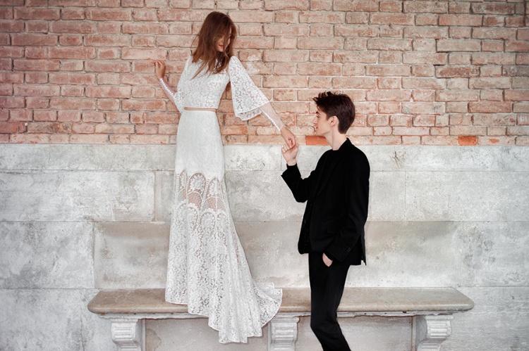 Divine-Atelier-2017-Collection-Venice-Romance-weddingsonline