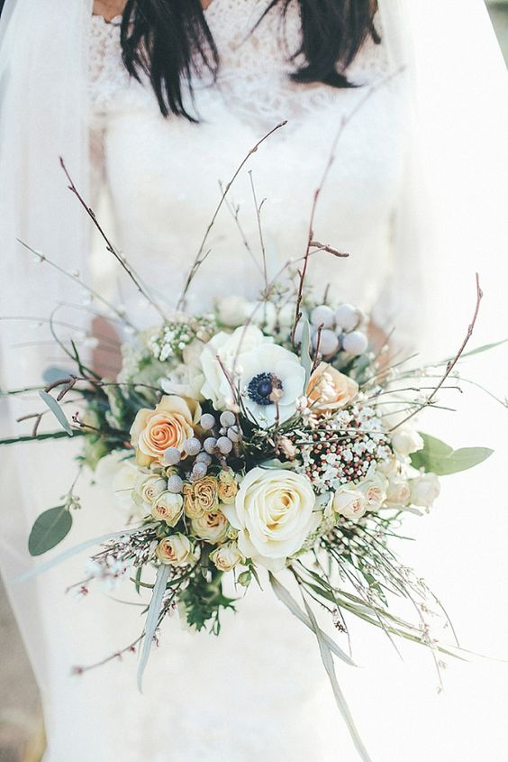 Winter-Wonderland-Wedding-Bouquet-Grey-Berries-weddingsonline