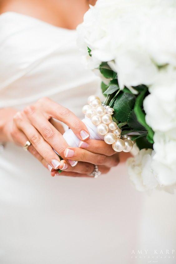 classic-manicure-bride