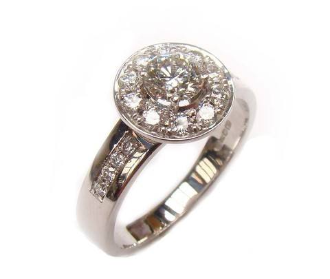 engagement-ring-halo-bazel-set-ireland-barry-doyle-design