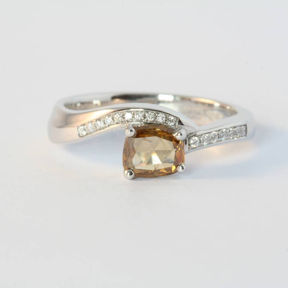 engagement-rings-ireland-unusual-aoife-o-mahony-weddingsonline