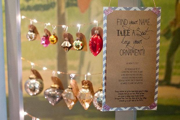 escort-card-display-wedding-christmas-ornaments