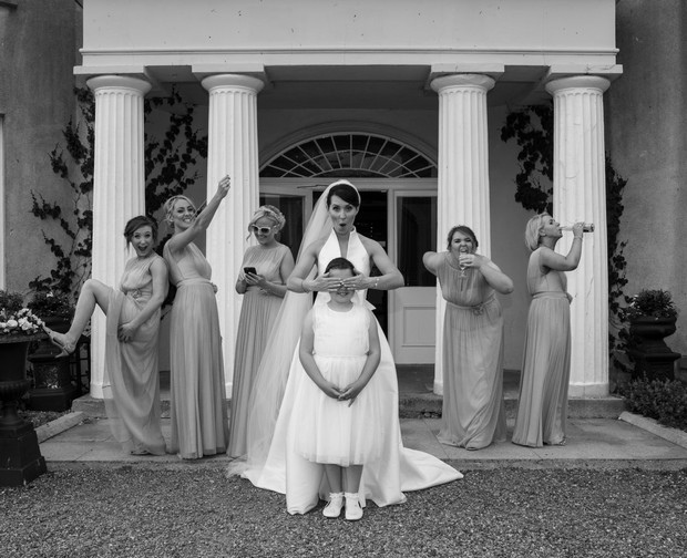 fun-bridal-party-photos