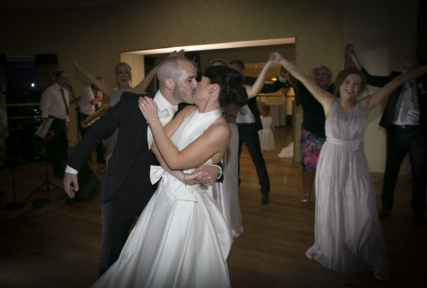 glasson-hotel-wedding-first-dance