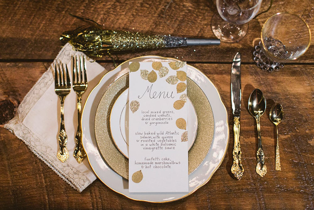 gold-glittery-polka-dot-menu-wedding-decor