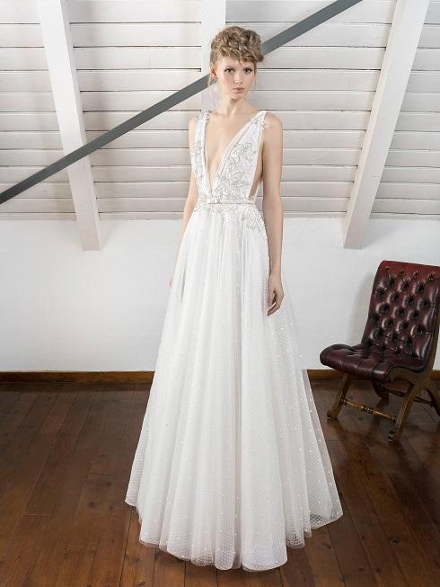 inmaculada-garcia-2017-barcelona-wedding-dress-kaori-weddingsonline
