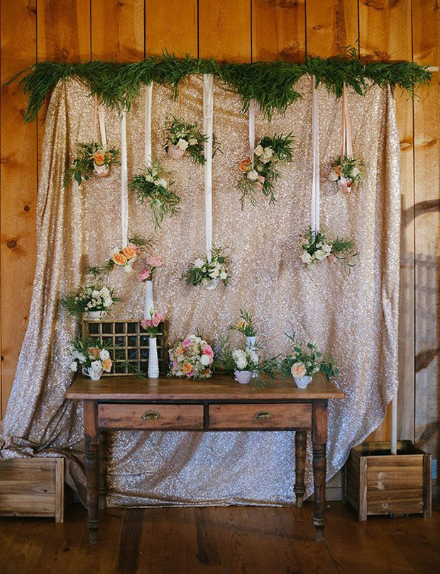 sparkly-backdrop-wedding