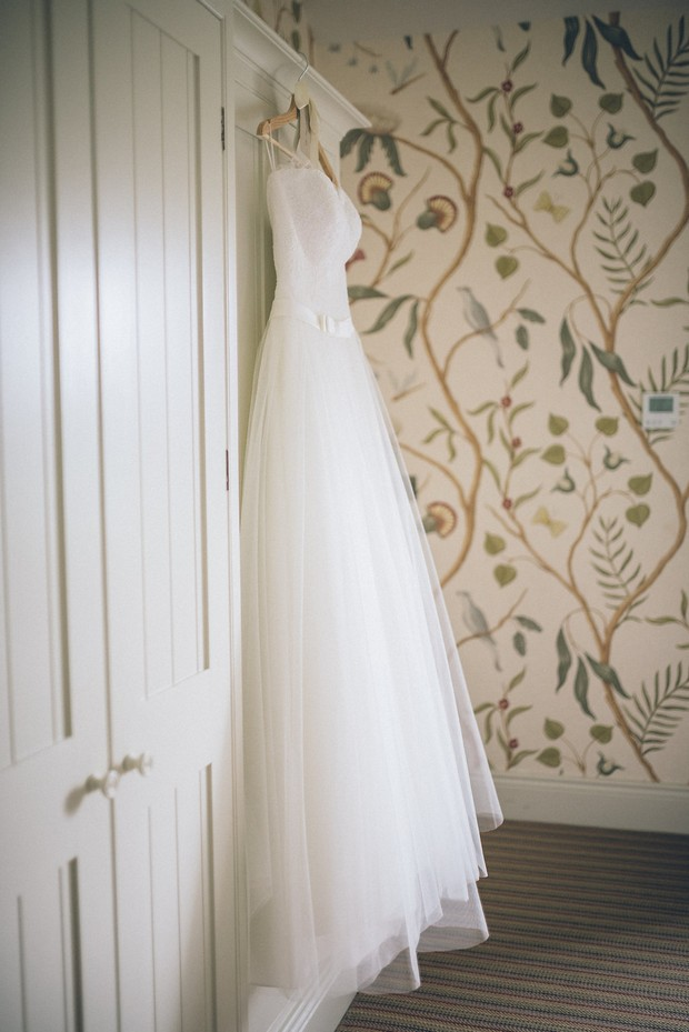 1-Ballgown-Wedding-Dress-Kathy-de-Stafford-Dublin-weddingsonline