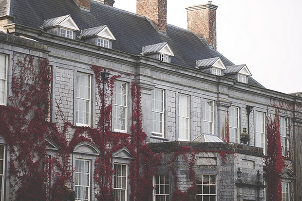 1-Romantic-Castle-Durrow-Laois-Wedding-Venue-Ireland-weddingsonline