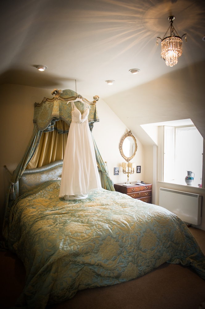 4-Millhouse-Real-Wedding-Slane-Bridal-Suite-The-Fennells