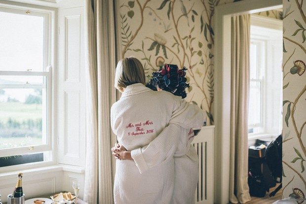 9-Getting-ready-wedding-morning-bridesmaids-personalised-robes-weddingsonline