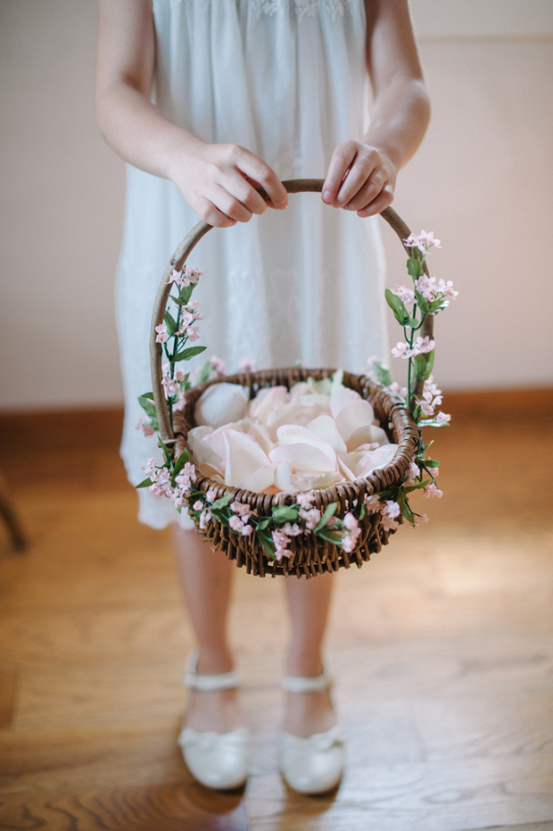 11 Adorable Ideas to Steal for Your Flower Girl