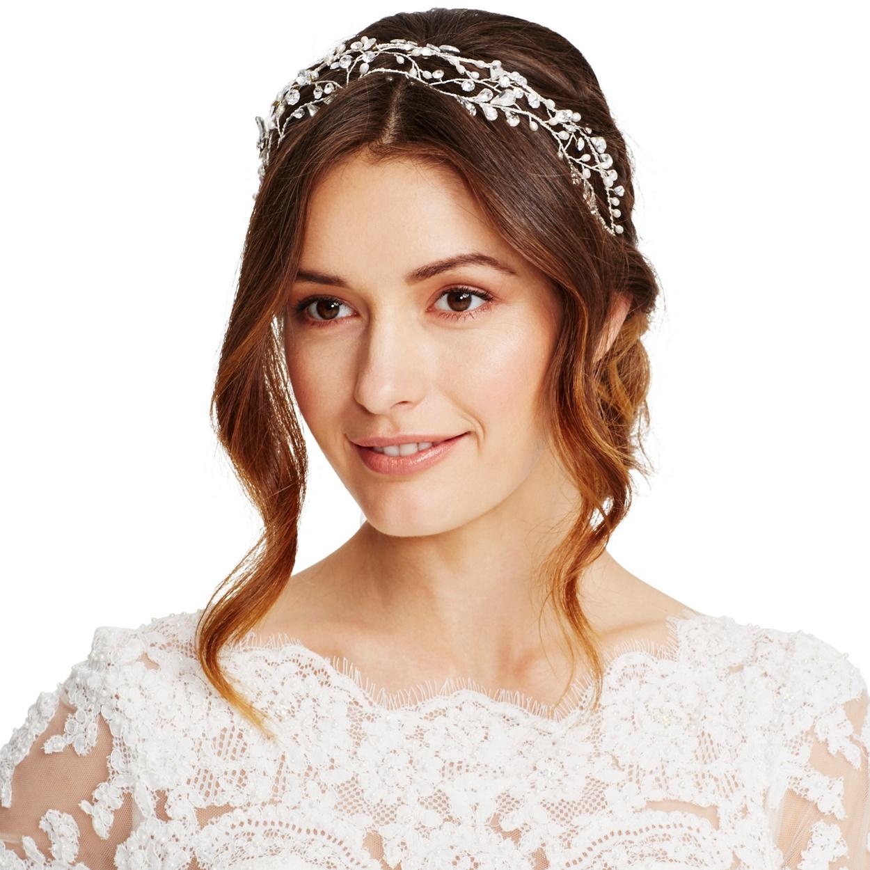 18 spectacular statement bridal headpieces for 2017 | weddingsonline