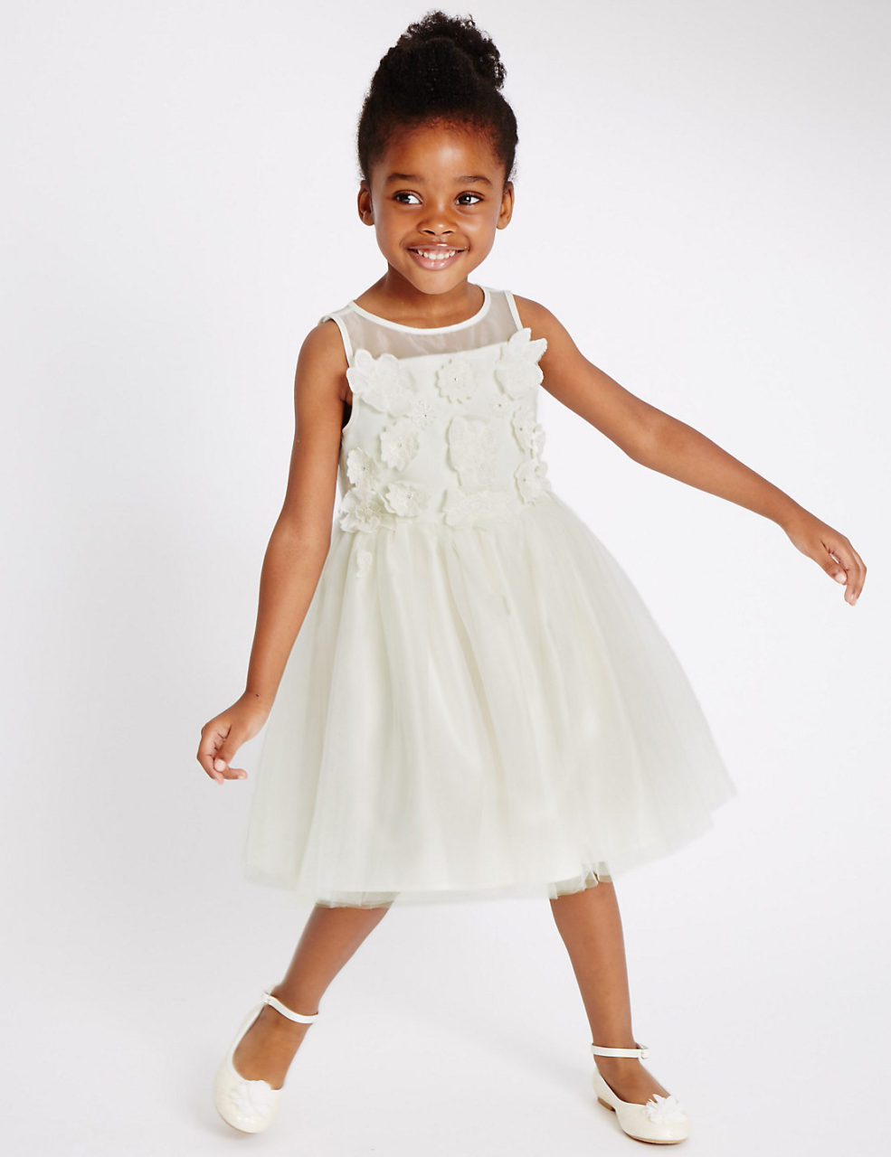 18 Adorable Flower Girl Dresses from the High Street | weddingsonline