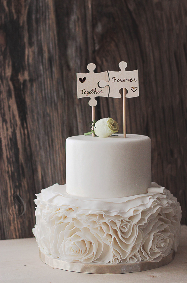 modern wedding cake topper ideas 21 creative wedding cake toppers for the romantics 17491