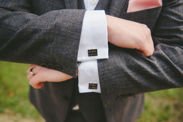 Surprise Gift For Groom On Wedding Day: 11 Sweet Ways To Surprise Your Groom On The Big Day
