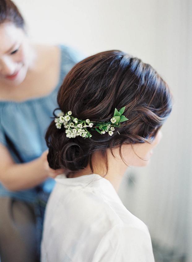 15 Seriously Pretty Bridal Updos   weddingsonline