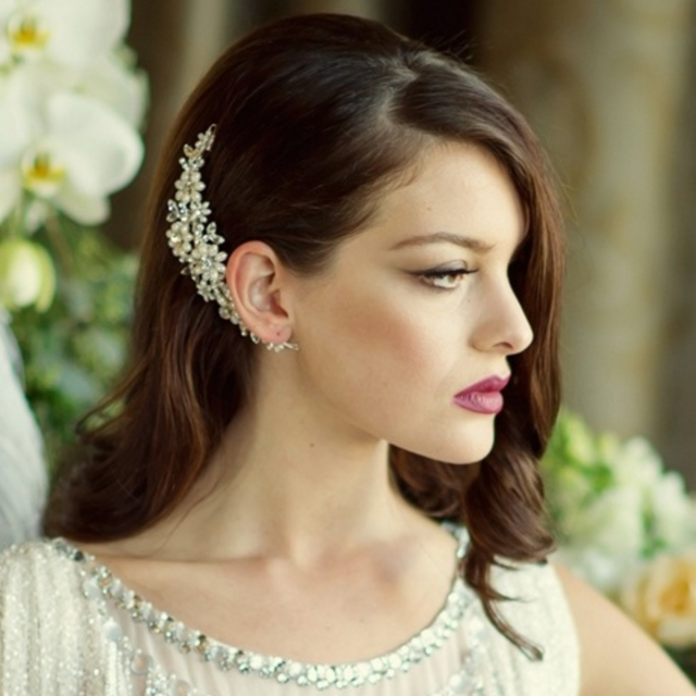 33 Incredible Hair Accessories for Brides   weddingsonline