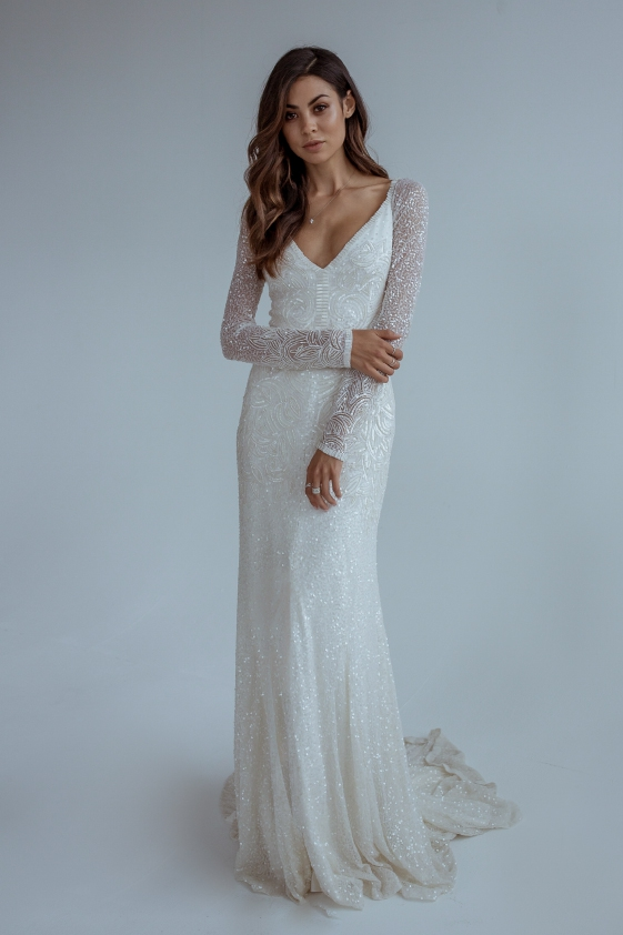 40 Swoon-Worthy Long Sleeve Wedding Dresses | weddingsonline