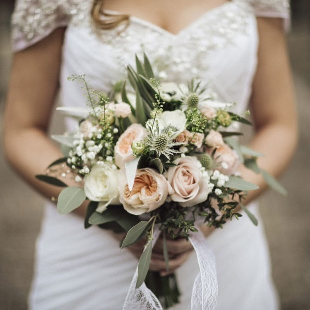Best Flowers For Winter Wedding: 32 Beautiful Winter Wedding Bouquets