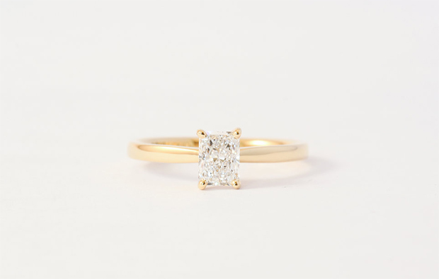 26 Incredible Engagement Rings images 3