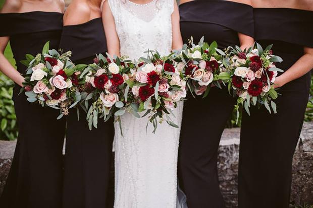 Winter Wedding Bouquets.32 Beautiful Winter Wedding Bouquets Weddingsonline
