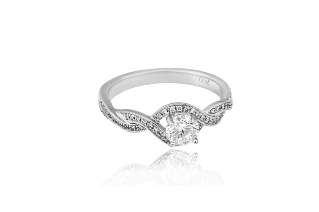 26 Incredible Engagement Rings images 11