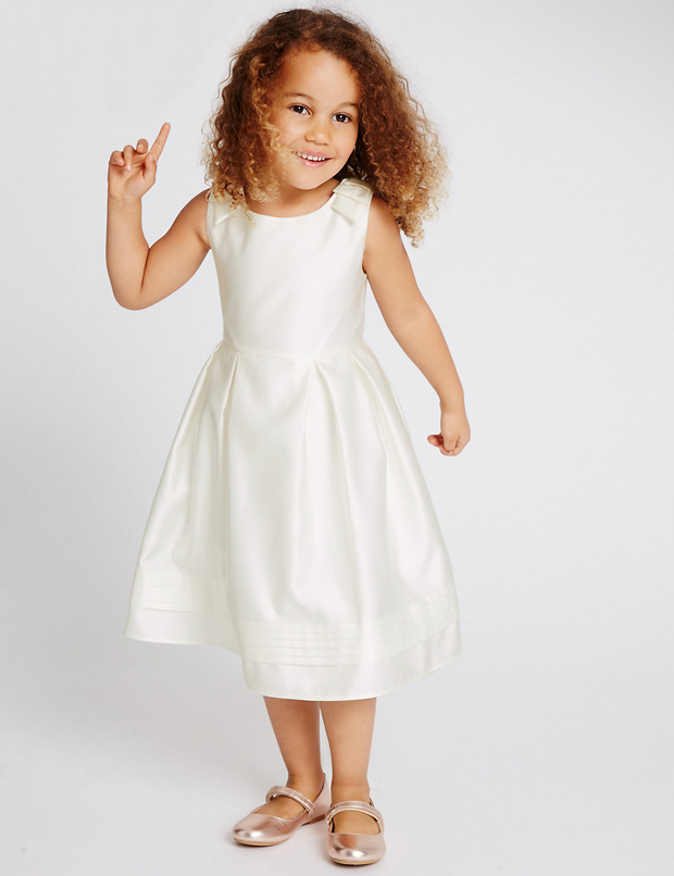 10 Pretty Flower Girl Dresses For Your Little Princess Weddingsonline