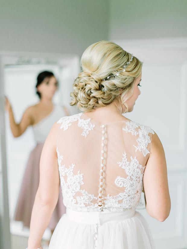 The Hottest Wedding Hair Trends For 2018 Brides Weddingsonline