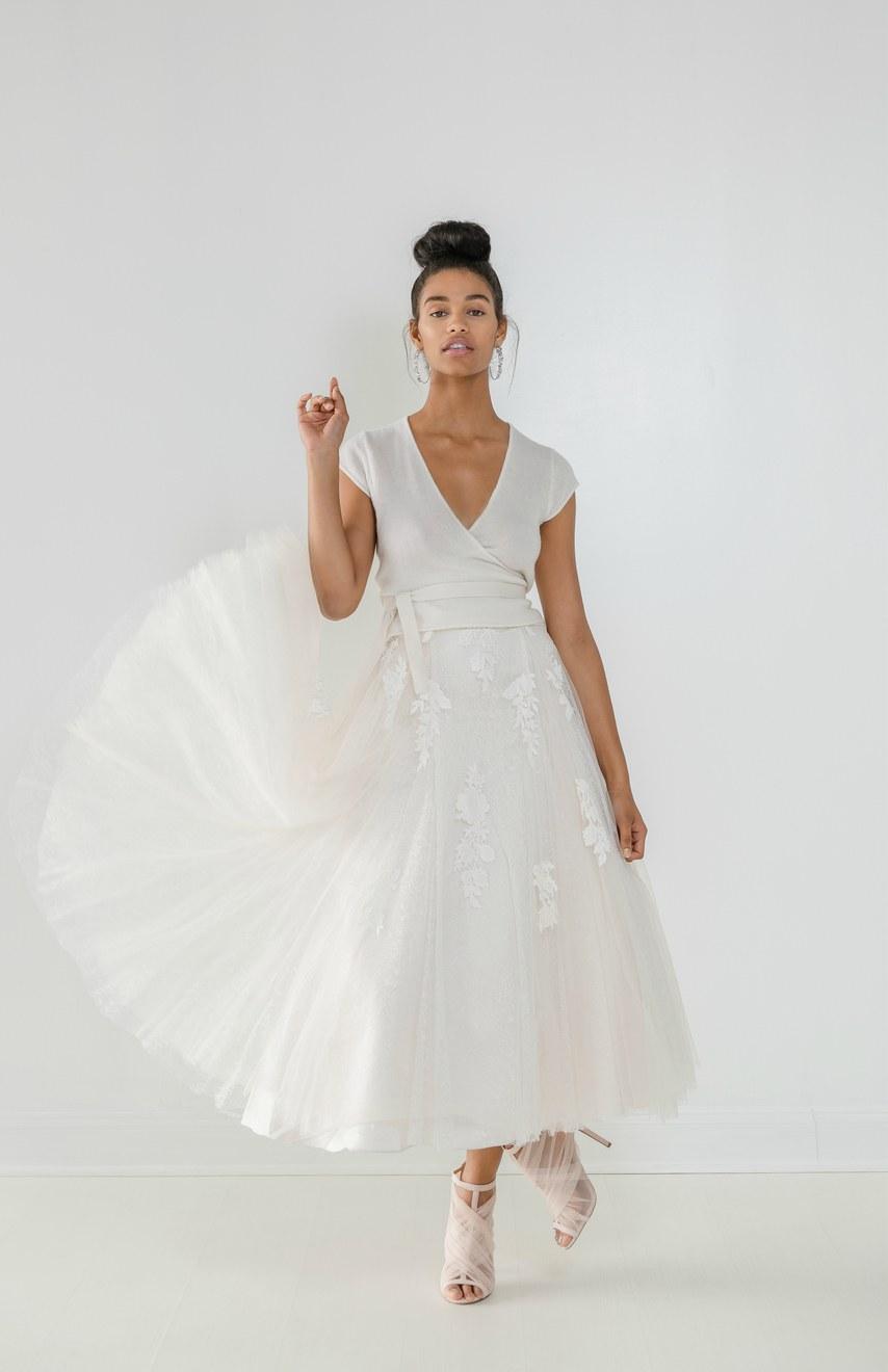 20 Pretty Tea Length Wedding Dresses For 2018 Brides