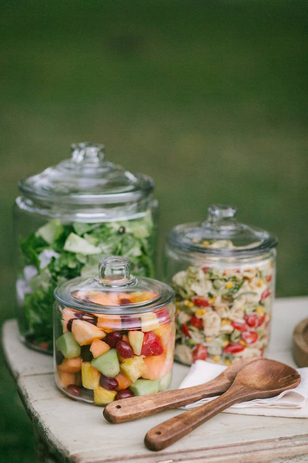 6 foodie trends you 39 ll be seeing lots of at 2018 weddings for Food bar trends