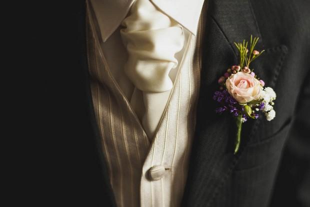Purple Reign – Amy & Noel's Landmark Hotel Wedding by Alex Zarodov Photography images 4