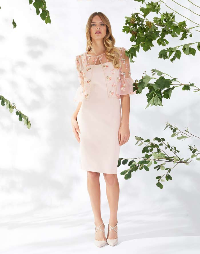a01c0314408aec 38 Stunning Mother of the Bride Dresses for Spring Summer ...
