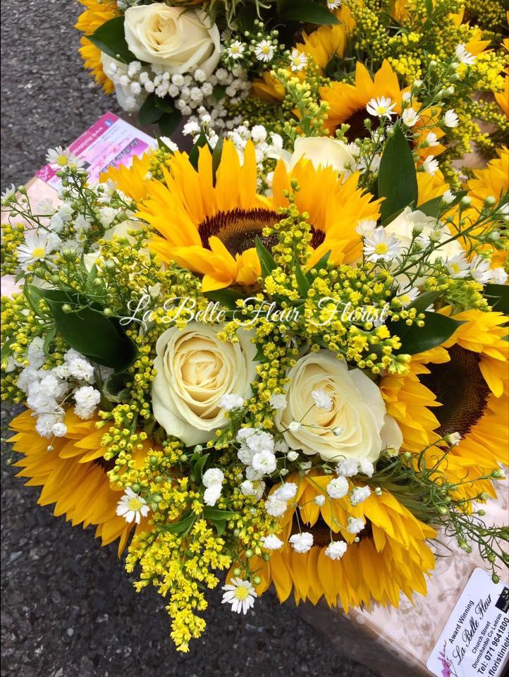 32 stunning spring summer wedding bouquets for brides for La belle fleur