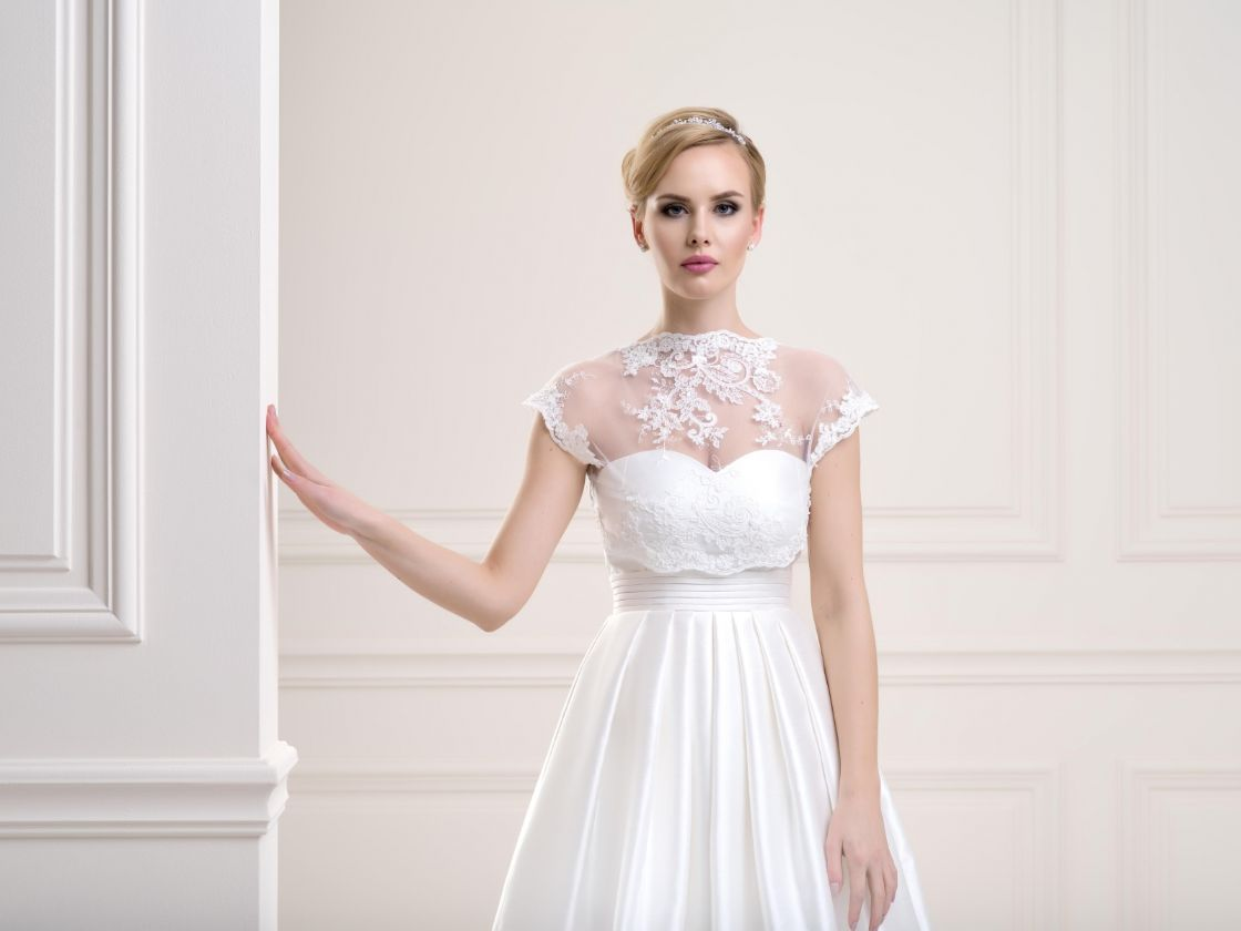 20 Stylish Bridal Cover Ups & Toppers To Transform Your Look ...
